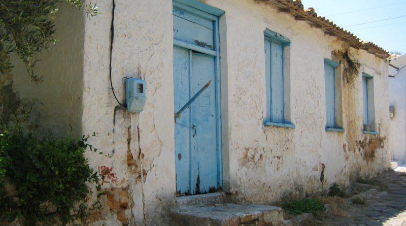 Vervallen woning in het Griekse Koroni