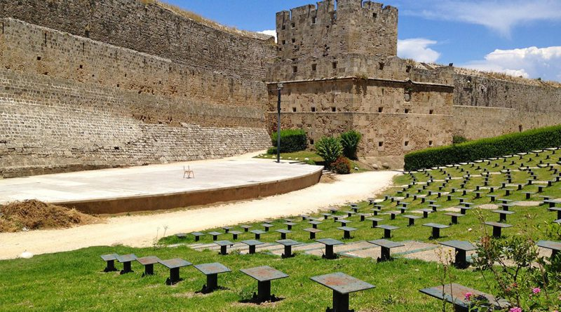 Oude stadsmuren Rhodos-stad