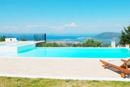 Anemones Villas in Lefkas