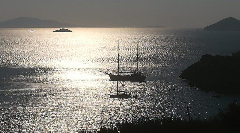 Boten voor de kust van Patmos