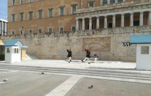 Wisseling van de wacht op het Syntagmaplein in Athene