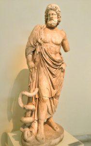 Het beeld van Asklepios in het Nationaal Archeologisch Museum in Athene