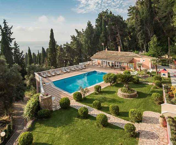 Kleinschalige accommodatie Niki Apartments in Gastouri