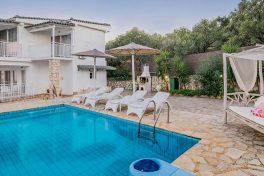 Kleinschalige accommodatie Villa's Cavo Mare in Tragaki